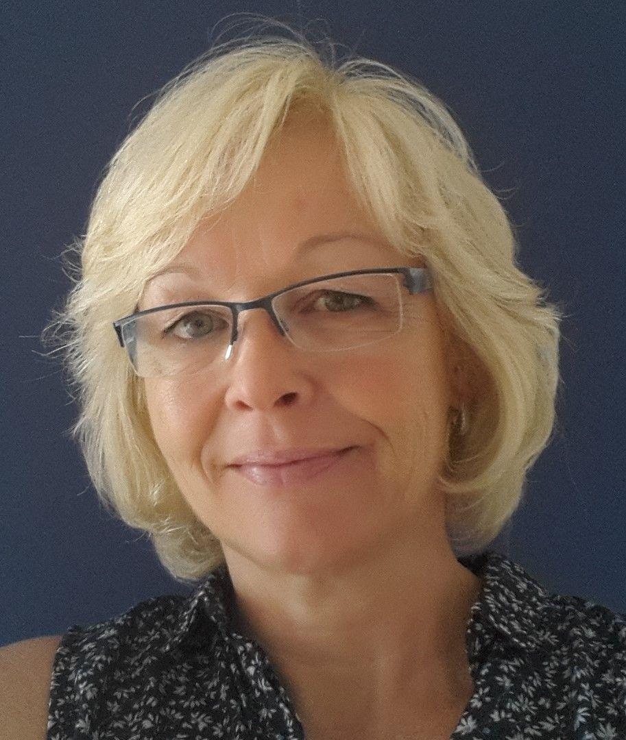 Angela Wilhelm